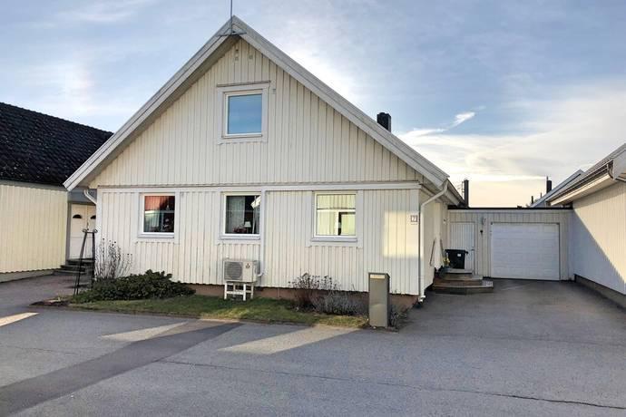 Bild: 6 rum radhus på Orkangatan 7, Motala kommun Råssnäs