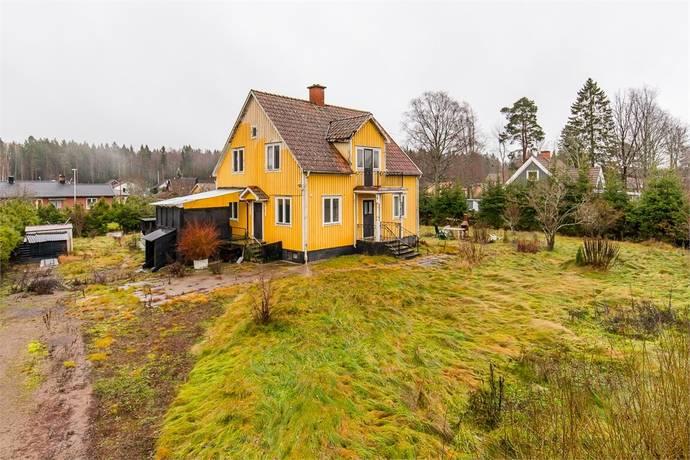 Bild: 4 rum villa på Skolgatan 24, Kristinehamns kommun Björneborg