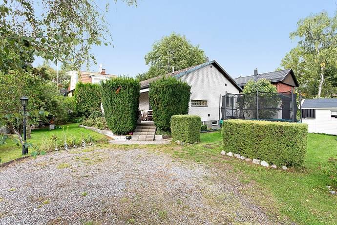 Bild: 6 rum villa på Gullrisstigen 4, Stockholms kommun Älvsjö - Långsjö
