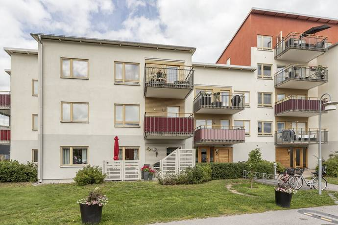 Bild: 2 rum bostadsrätt på Visirvägen 5, Huddinge kommun Segeltorp