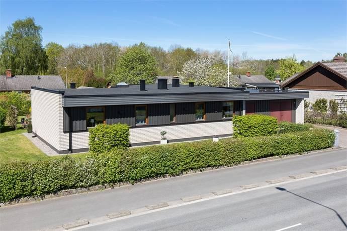 Bild: 5 rum villa på Kronoparksvägen 33, Bromölla kommun Ivetofta
