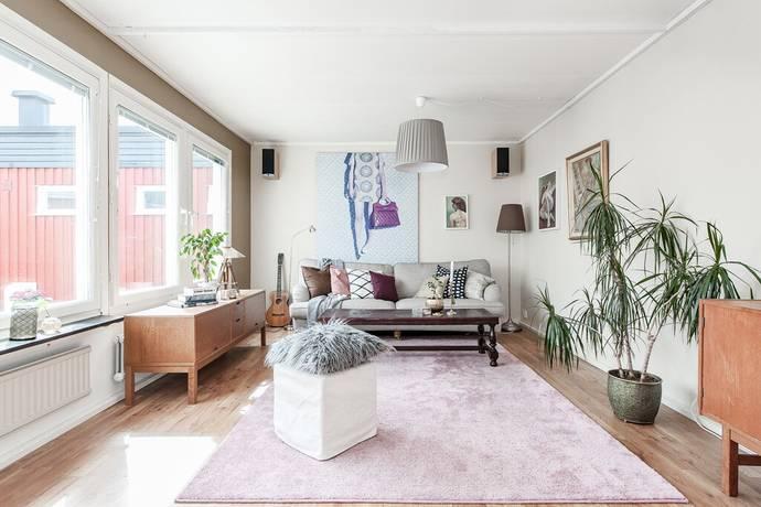 Bild: 5 rum radhus på Rättviksvägen 117, Sollentuna kommun Norrviken