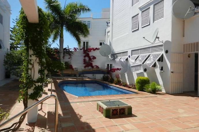Bild: 3 rum bostadsrätt på Calle Carabeo, Spanien Nerja, Malaga
