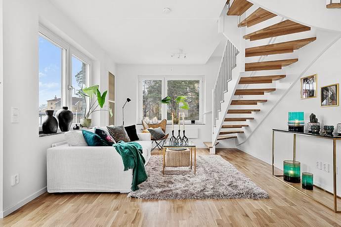 Bild: 4 rum bostadsrätt på Rissneleden 153 etage, Sundbybergs kommun