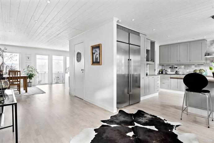 Bild: 6 rum villa på Almekärrsvägen 33, Lerums kommun Almekärr