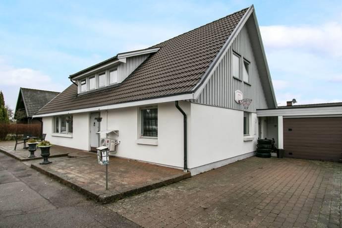 Bild: 7 rum villa på Opalvägen 10, Åstorps kommun Hyllinge