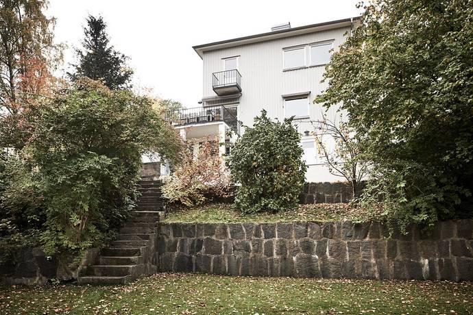Bild: 7 rum villa på Svalebogatan 44, Göteborgs kommun Kungsladugård