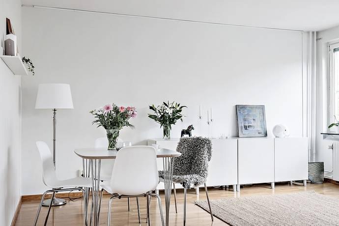 kök låga fönster : Bild 2 rum bostadsrätt på Tideliusgatan 29 ...