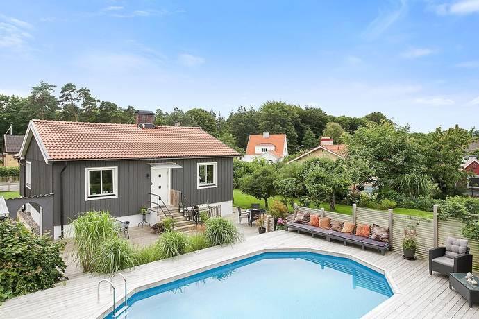 Bild: 3 rum villa på Violgatan 5, Ängelholms kommun Haradal