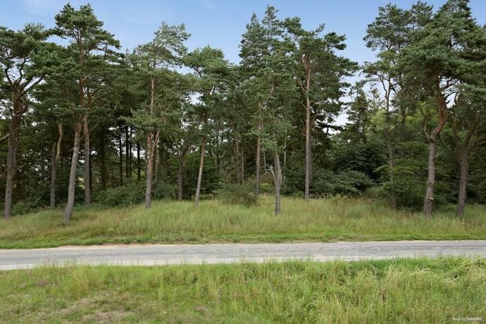 Bild: tomt på Sandby hedväg 1A, Simrishamns kommun Sandby strand