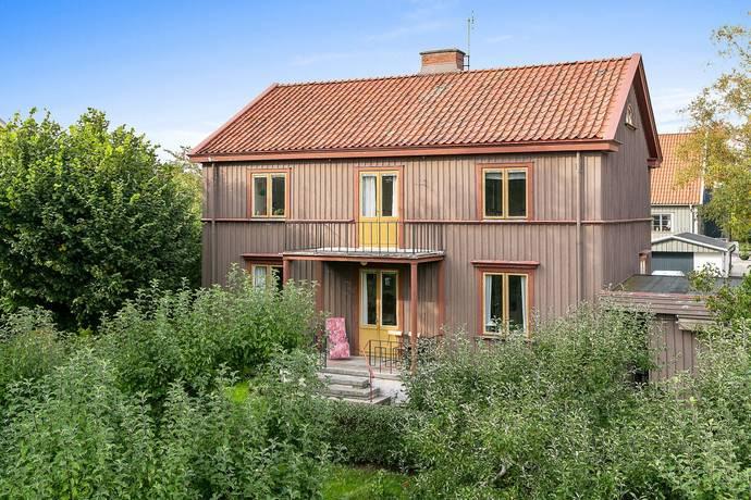 Bild: 7 rum villa på Brinkagatan 7, Skara kommun Brinkagärdet