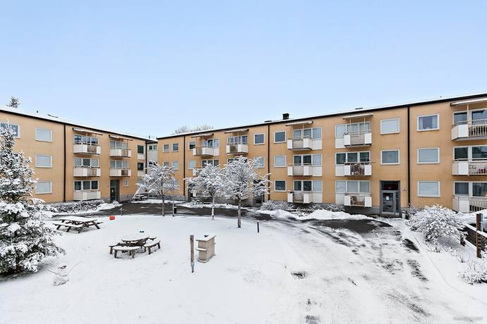 Bild: 3 rum bostadsrätt på Erik tegels väg 33, Stockholms kommun Bromsten