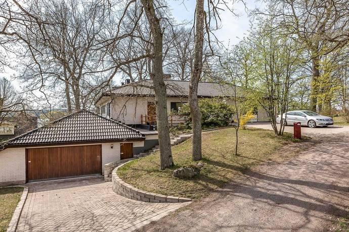 Bild: 9 rum villa på Första backe 1, Strängnäs kommun Mariefred