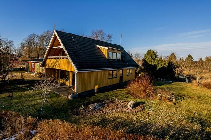 Bild: 6 rum villa på Ortalavägen 106, Norrtälje kommun Ortala