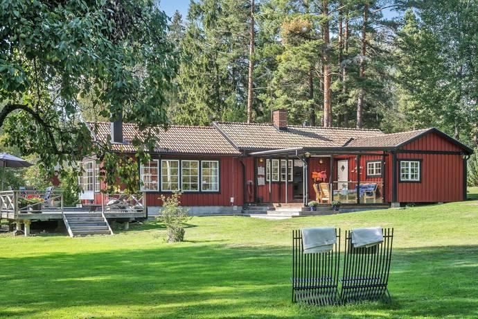 Bild: 4 rum villa på Arnövägen 14, Österåkers kommun Ljusterö-Arnö