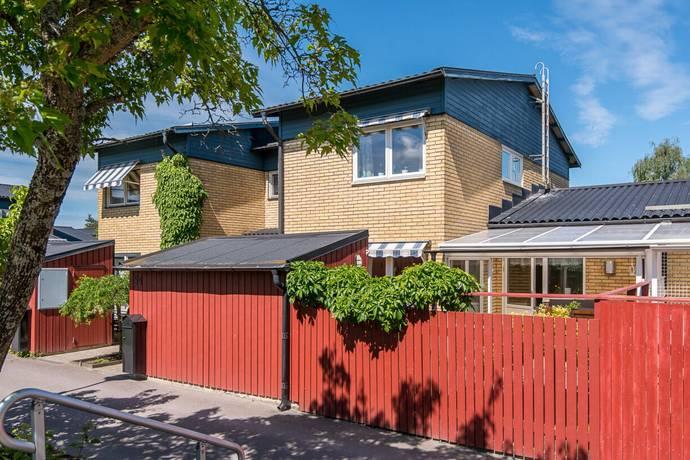 Bild: 7 rum radhus på Torsten Fogelqvists Gata 54, Norrköpings kommun Klockaretorpet