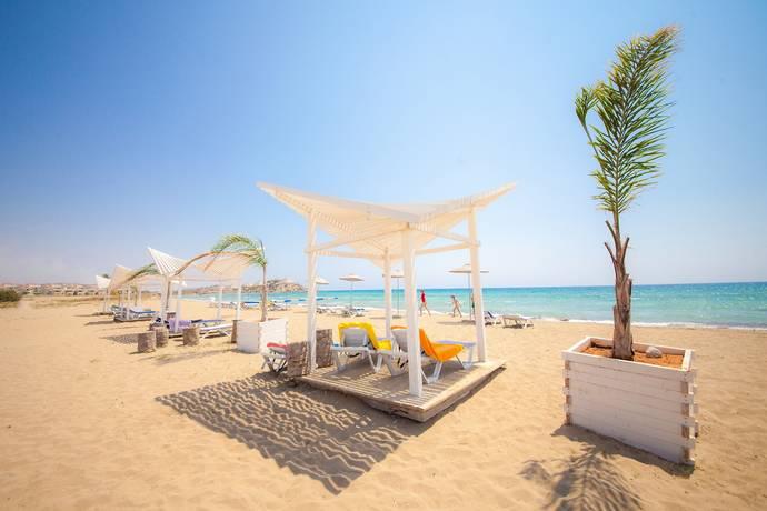 Bild: 3 rum bostadsrätt på Caesar Beach, penthouse, Cypern Bogaz