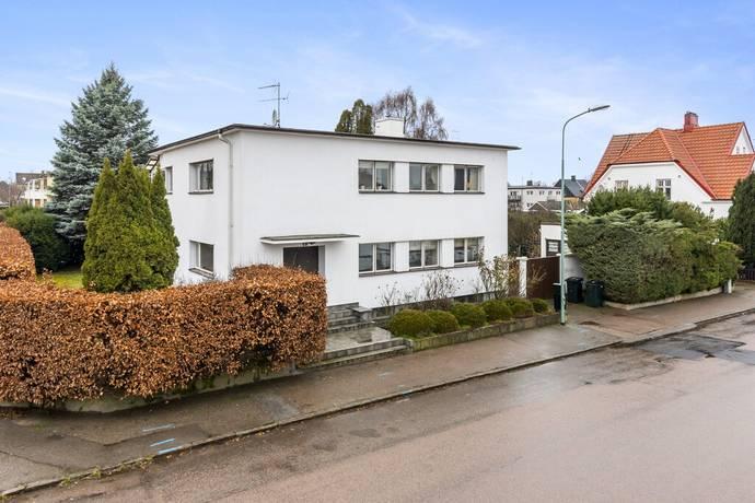 Bild: 8 rum villa på Skolgatan 19, Åstorps kommun Åstorp Centralt