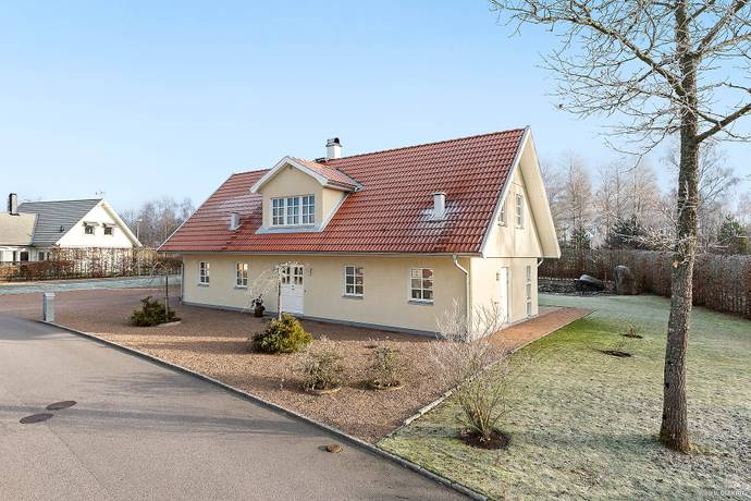 Bild: 7 rum villa på Påalsvägen  19, Ljungby kommun Replösa