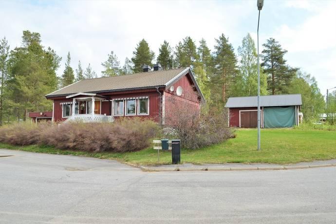 Bild: 5 rum villa på Kyrkvägen 4, Vindelns kommun Hällnäs