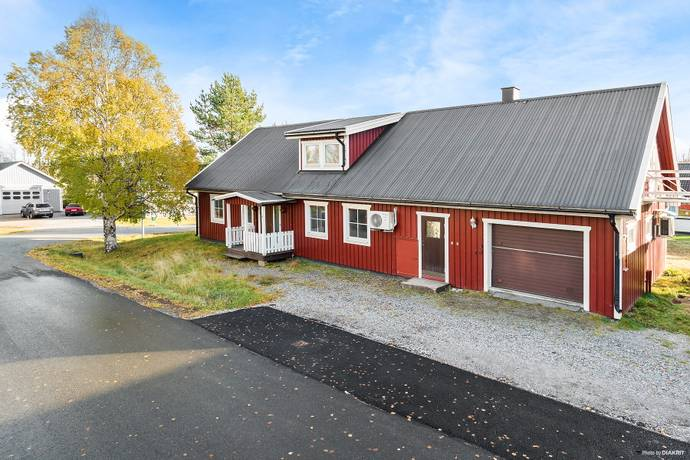 Bild: 7 rum villa på Klockarvägen 1, Kalix kommun Grytnäs