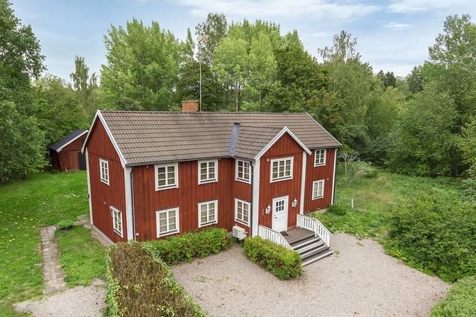 Bild: 6 rum gård/skog på Enåkersby 403, Heby kommun Enåker