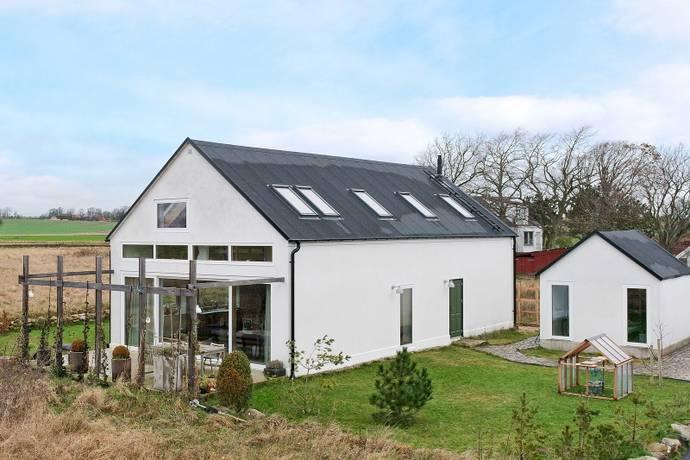 Bild: 5 rum villa på Broby Johansens väg 12, Simrishamns kommun Brantevik