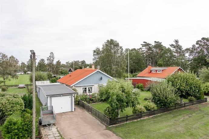 Bild: 82 m² villa på Villavägen 21, Mönsterås kommun Timmernabben