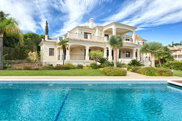 Bild: 9 rum villa på Elegant villa i El Paraiso Alto, Benahavis!, Spanien Benahavis
