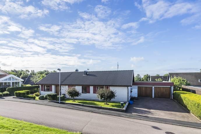 Bild: 5 rum villa på Tvärpilsvägen 4, Halmstads kommun Snöstorp