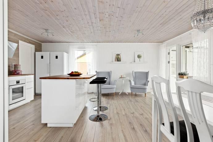 Bild: 6 rum villa på Silvägen 8, Timrå kommun Sörberge