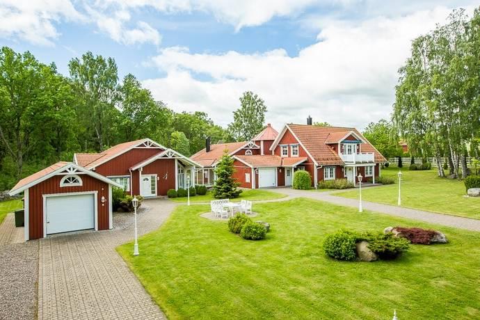 Bild: 11 rum villa på Skolbacken Björkedal 1, Hjo kommun Grevbäck