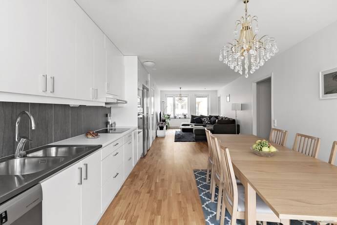 Bild: 4 rum bostadsrätt på Östersundsgatan 4, Stockholms kommun Vällingby-Råcksta