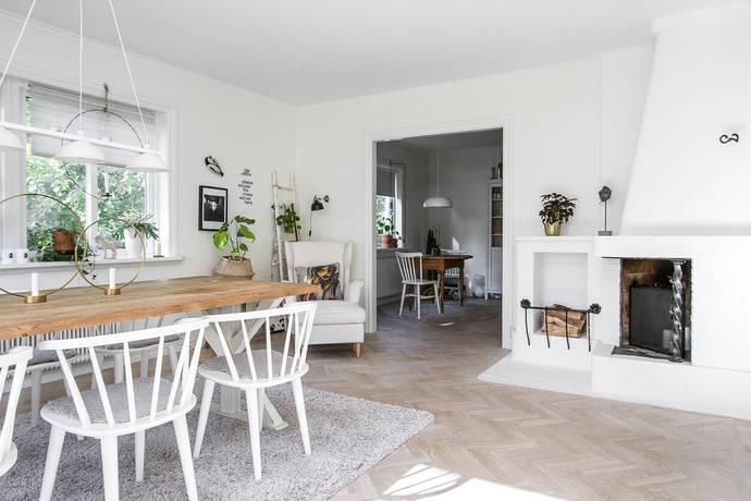 Bild: 6 rum villa på Genvägen 1, Karlshamns kommun Dalgången