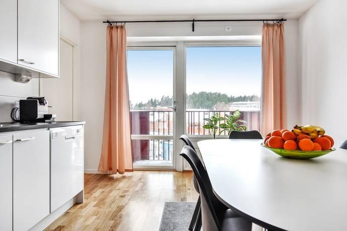 Bild: 3 rum bostadsrätt på Källtorpsvägen 7, Täby kommun Näsby park
