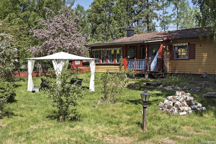 Bild: 4 rum villa på Seglarvägen 4, Strängnäs kommun Logarn