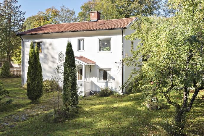 Värnamovägen 32 i Lammhult, Lammhult Villa till salu Hemnet