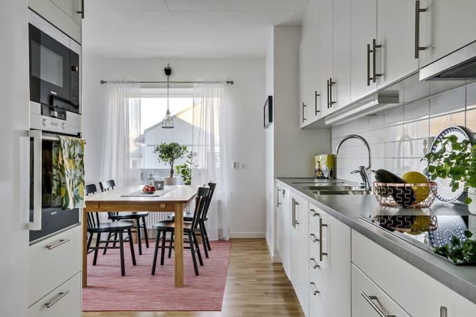 Bild: 3 rum bostadsrätt på Fridhemsvägen 4, Tjörns kommun Höviksnäs