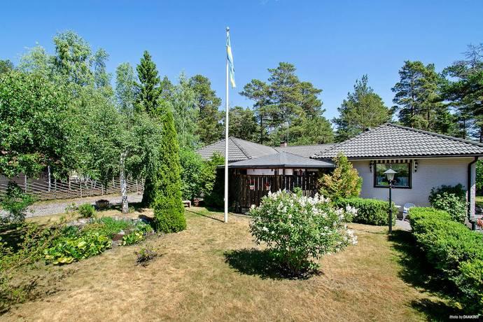 Bild: 6 rum villa på Sjögrundsvägen 22, Värmdö kommun Björkvik