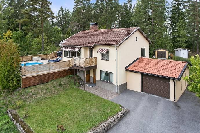 Bild: 4 rum villa på Föreningsvägen 15A, Södertälje kommun Pershagen