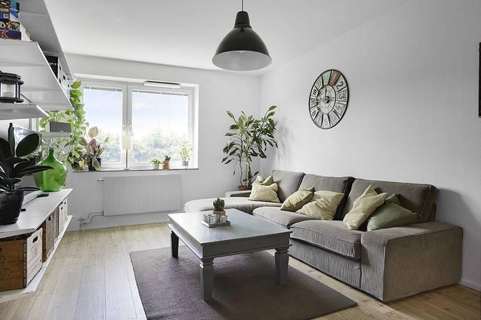 Bild: 2 rum bostadsrätt på Glasmålarvägen 4, Stockholms kommun Blåsut