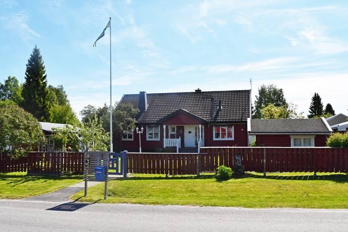 Bild: 6 rum villa på Vålmvägen 1, Piteå kommun HORTLAX