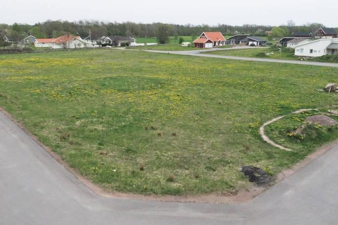 Bild: tomt på Havrevägen 14, Mönsterås kommun Mönsterås