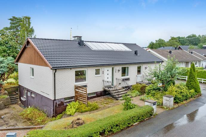 Bild: 5 rum villa på Aspvägen 1, Lilla Edets kommun