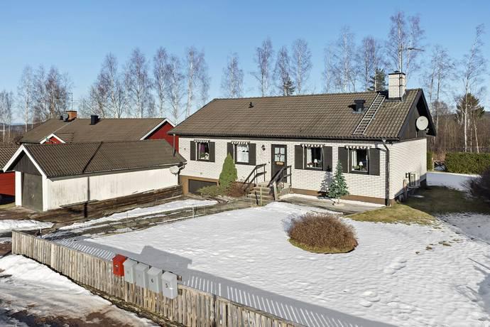 Bild: 4 rum villa på Råbocksvägen 10, Säters kommun SÄTER