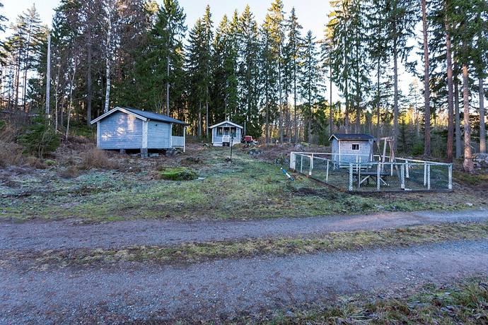 Bild: tomt på Ljusbäck 237, Heby kommun Tärnsjö/Ljusbäck