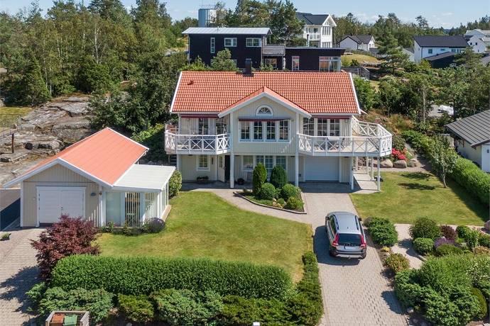 Bild: 5 rum villa på Axels väg 5, Uddevalla kommun Lanesund/Utby