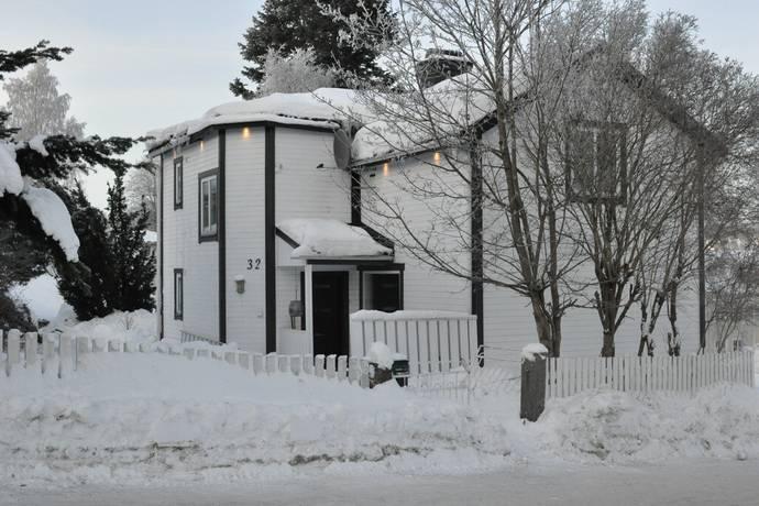 Bild: 3 rum villa på Parkgatan 32, Sundsvalls kommun SUNDSVALL