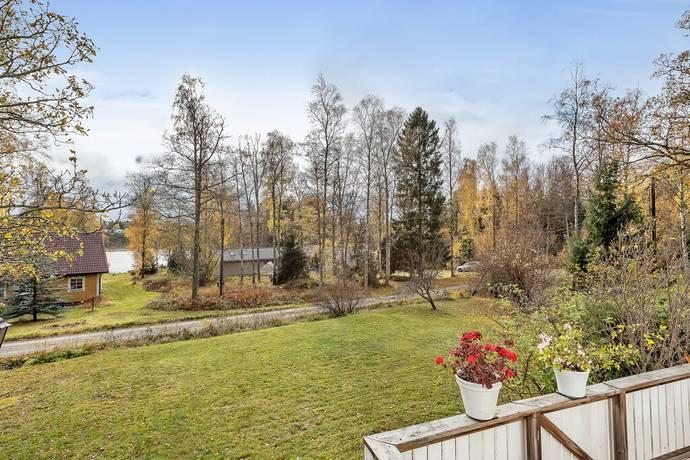 Bild: 5 rum villa på Gallbodaslingan 15, Österåkers kommun Gallboda