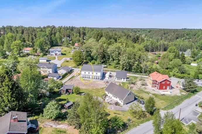 Bild: 4 rum bostadsrätt på Skarpängsvägen 1B, Österåkers kommun